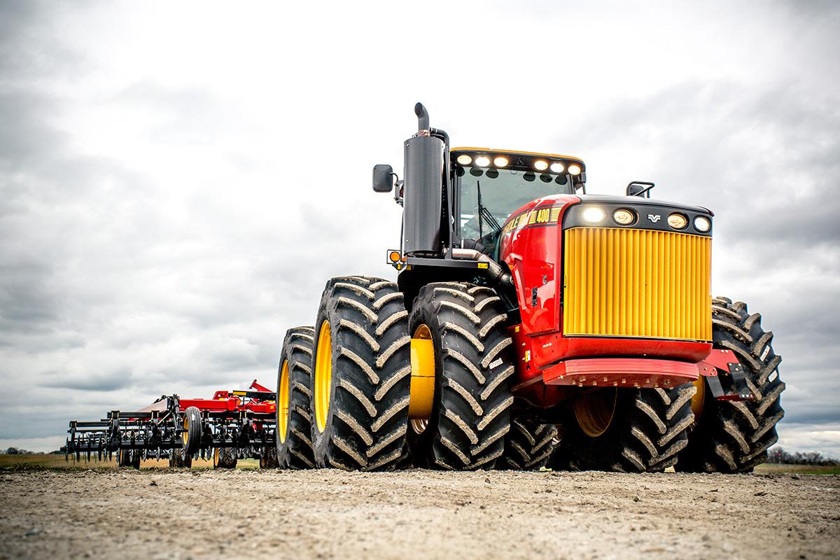 Versatile - 4WD Tractors
